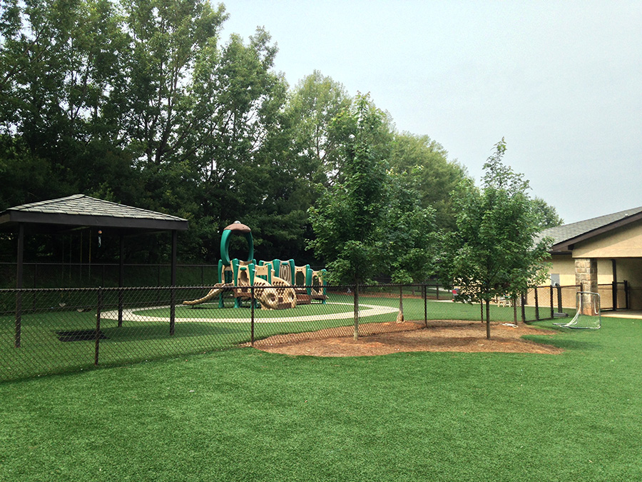 Large Playgrounds with artificial turf!